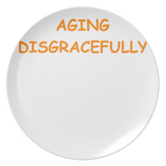 edad avanzada plato de comida