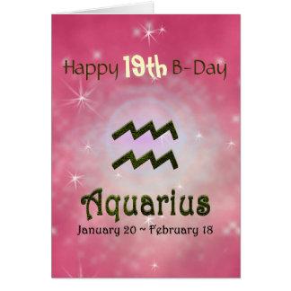 Edad del feliz cumpleaños del acuario del color de tarjeta de felicitación