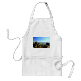 Edale valley and rocks adult apron
