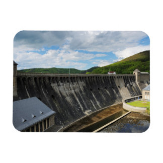 Edersee concrete dam with closed forest-hits a magnet