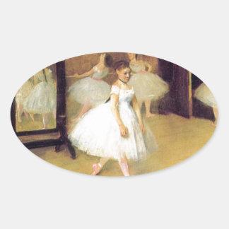 Edgar Degas - clase de danza Pegatina Ovalada