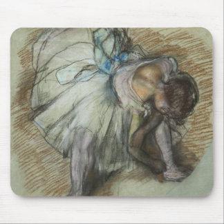 Edgar Degas - Dancer Adjusting Her Shoe Mouse Pad