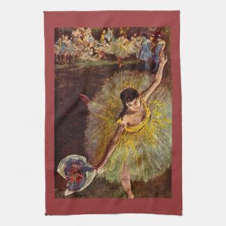 Edgar Degas - final del arabesque Toallas