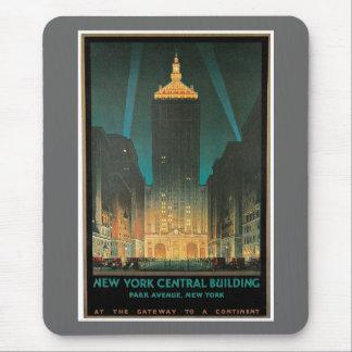 Edificio central 1930 de Nueva York Tapete De Ratón
