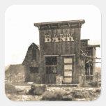 Edificio de banco del vintage calcomanías cuadradass