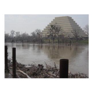Edificio de Ziggurat Tarjetas Postales
