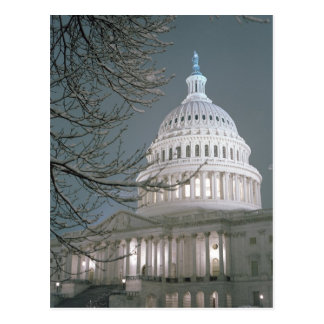 Edificio del capitolio de Estados Unidos en vestid Postales