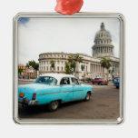 Edificio del capitolio en La Habana Adorno Cuadrado Plateado