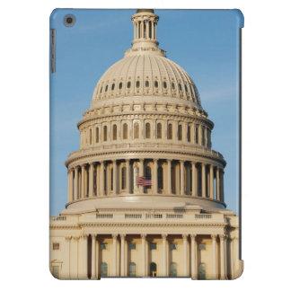 Edificio del capitolio tirado en la oscuridad funda para iPad air