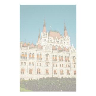 Edificio húngaro del parlamento papelería de diseño