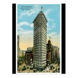 Edificio plano del hierro. Broadway y quinta aveni Tarjeta Postal
