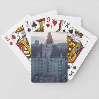 Edificio viejo europeo de la arquitectura cartas de póquer