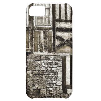 Edificio viejo rústico de madera y de la piedra funda para iPhone 5C
