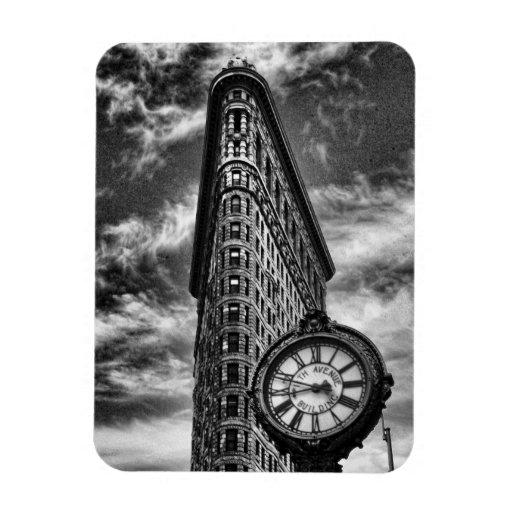 Edificio y reloj de Flatiron en blanco y negro Imanes Flexibles