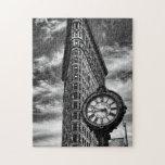 Edificio y reloj de Flatiron en blanco y negro Puzzles