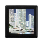 Edificios a lo largo del río Riverwalk de Miami Caja De Recuerdo