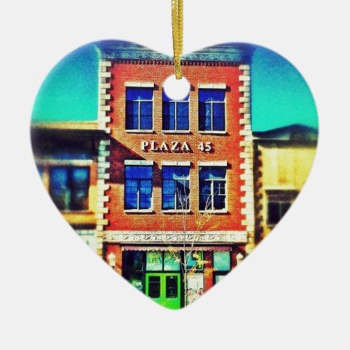 Edificios de antaño, arquitectura 01 adorno navideño de cerámica en forma de corazón