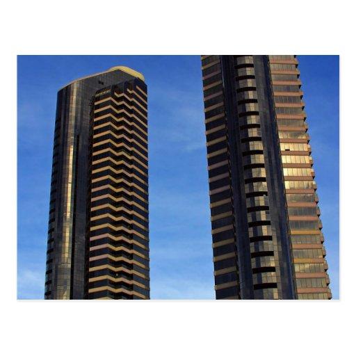 Edificios de los rascacielos de las torres tarjetas postales