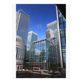 Edificios de oficinas modernos tarjeta publicitaria