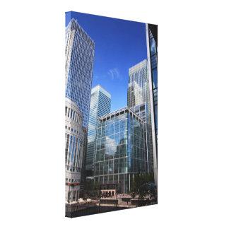 Edificios de oficinas modernos lona envuelta para galerías