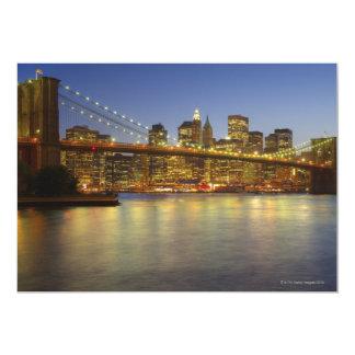 """Edificios del puente y de New York City de Invitación 5"""" X 7"""""""