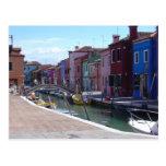 Edificios en Burano, Venecia Tarjeta Postal
