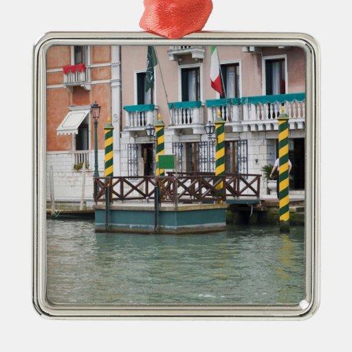 Edificios en la costa en Venecia, Italia Ornamentos De Reyes Magos