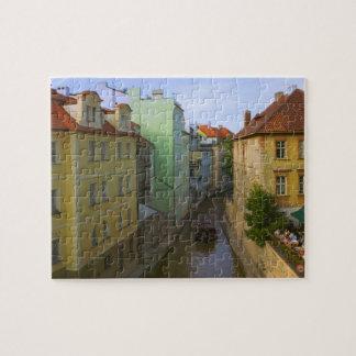 Edificios históricos con el canal, Praga, checa Rompecabeza