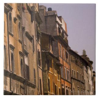 Edificios resistidos, Roma, Italia Azulejo Cuadrado Grande