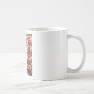 Edredón rojo del anillo de bodas taza de café