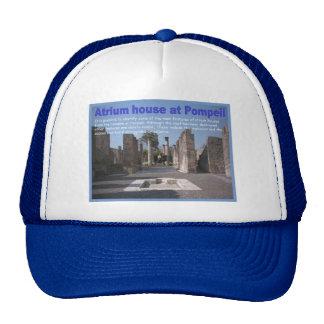 Educación, historia, romanos, casa del atrio, Pomp Gorros