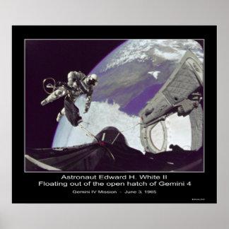 Edward H. White II - flotando de los géminis 4 Posters