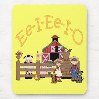 Ee I Ee I O on the Farm Mouse Pad