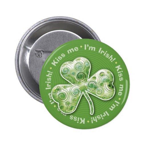 Eerie shamrock: Kiss me - I'm Irish! - Button