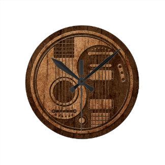 Efecto acústico de madera de Yin Yang de las guita Reloj Redondo Mediano