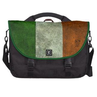 Efecto de acero envejecido bandera irlandesa bolsas para ordenador