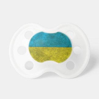 Efecto de acero envejecido bandera ucraniana chupete de bebe