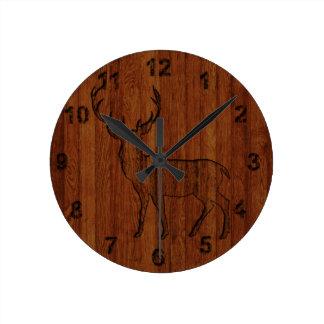 Efecto de madera tallado dólar grande reloj redondo mediano