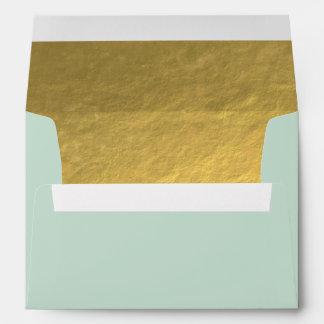 Efecto elegante de la hoja de oro alineado sobres