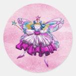 Efecto impreso hada rosada linda de la joya del etiqueta redonda