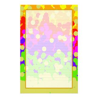 Efectos de escritorio alineados multa colorida del papeleria personalizada