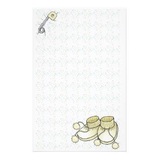 Efectos de escritorio amarillos de Bootie del bebé Papelería De Diseño