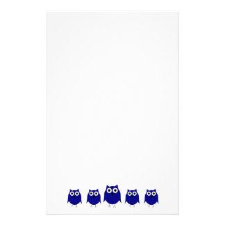Efectos de escritorio azules del búho papelería