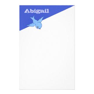 Efectos de escritorio azules del pájaro del papelería de diseño