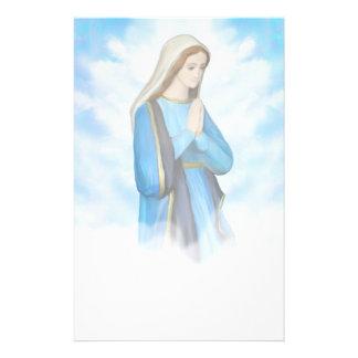 Efectos de escritorio bendecidos del Virgen María Papelería