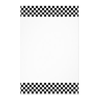 Efectos de escritorio blancos y negros del tablero papeleria de diseño