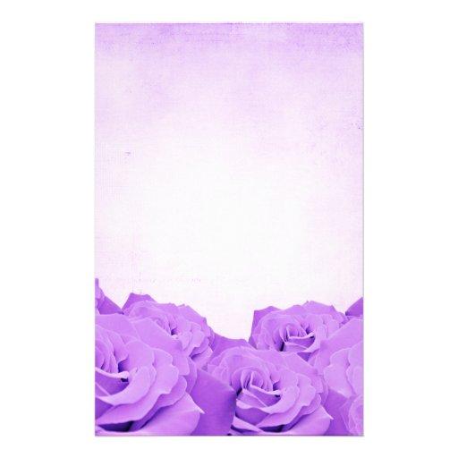Efectos de escritorio color de rosa púrpuras del v papeleria de diseño