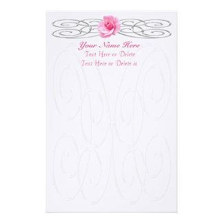 Efectos de escritorio color de rosa rosados de lin  papeleria de diseño