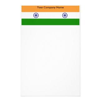 Efectos de escritorio con la bandera de la India Papeleria