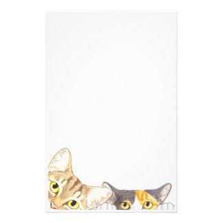 Efectos de escritorio curiosos de los gatos papeleria de diseño